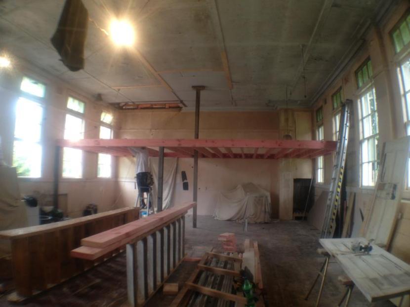 No.84 - Stage 1 of mezzanine.